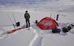 Camp im Schnee